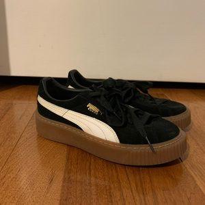 PUMA Women's Suede Core Platform Sneaker